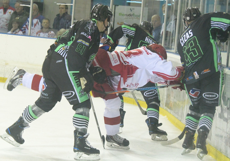 SNAPPED: Swindon Wildcats 5-2 Hull Pirates