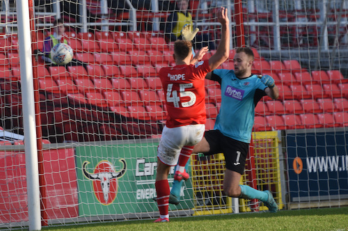 MATCH REPORT: Swindon Town (2) v (1) Exeter City