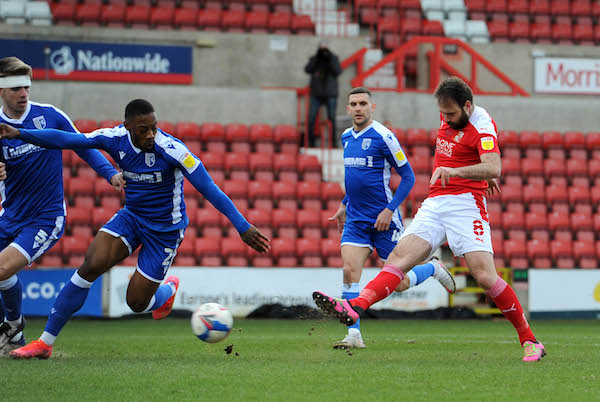 MATCH REPORT: Swindon Town 1-3 Gillingham