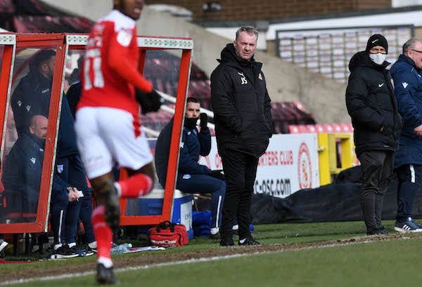 PRESS CONFERENCE LIVE: Fleetwood v Swindon Town