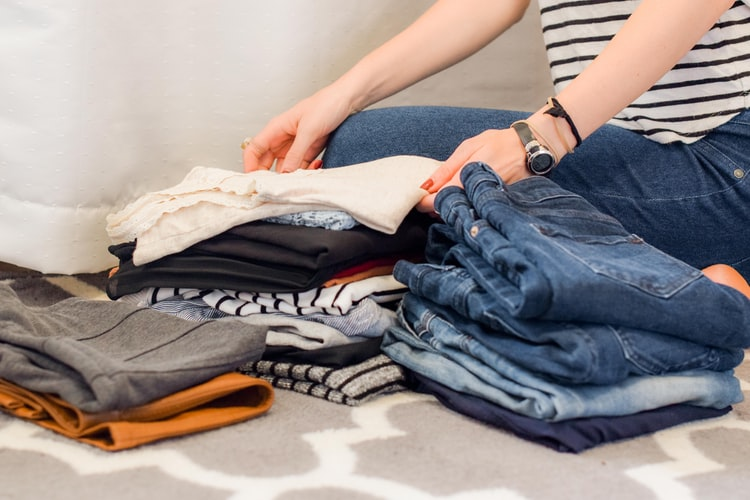 WARDROBE SPRING CLEANING TIPS