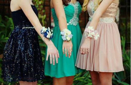 The Right Colour Pallet for Your Prom Dress