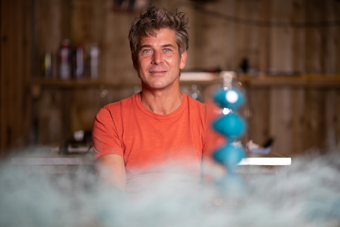Inventor Tom Lawton Donates £1,000 to Sea Sanctuary to mark World Mental Health Day