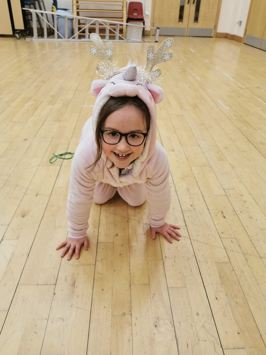 AMELIE WINS CHRISTMAS COMPETITION AT PERFORMING ARTS COMPANY