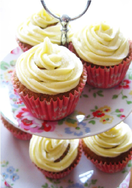 Recipe: Earl Grey Cupcakes with Lemon Buttercream Icing