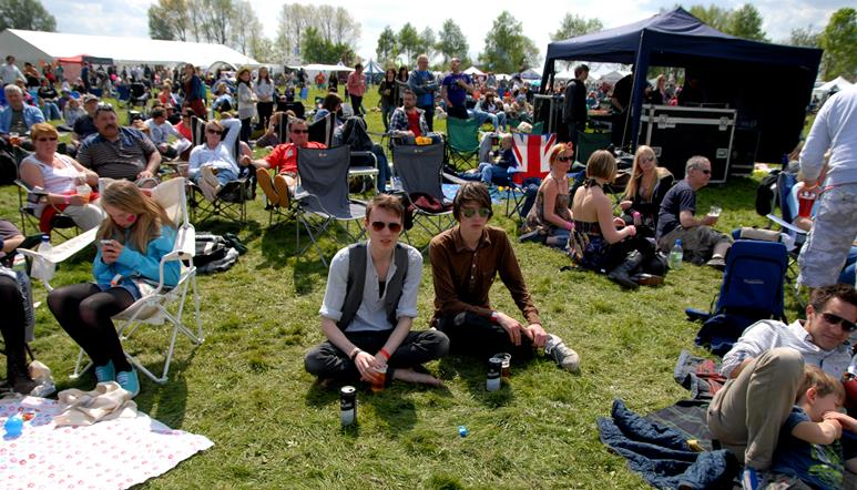 Snapped: Lechlade Festival