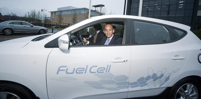 Snapped: Chuka Umunna Visits Swindon Fuel Cell Plant