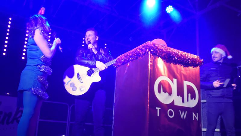 Snapped: Old Town Christmas Light Switch-On