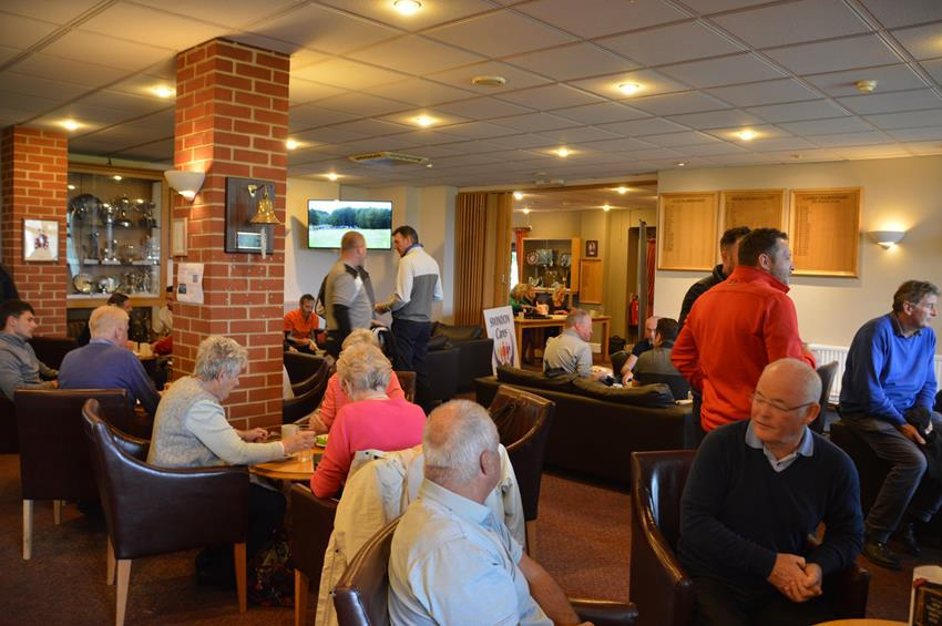 SNAPPED: Swindon Cares Golf Day