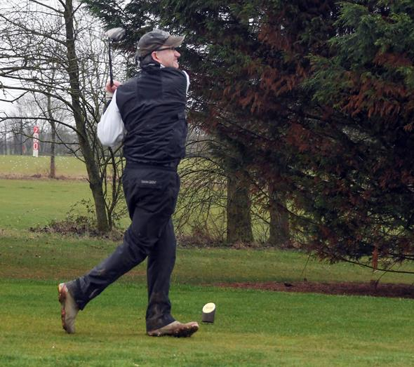 Snapped: Wrag Barn's Club Captain's Drive In