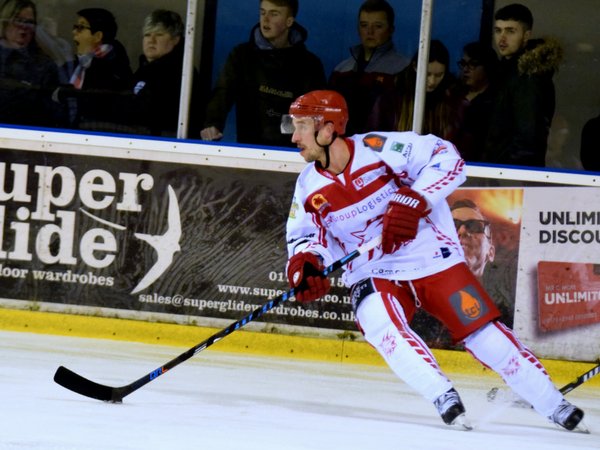 Neil Liddiard (C) Nicky Pearce